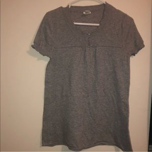 MAURICES Size XL Gray Shirt